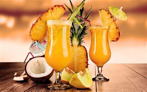 owocowe drinki ananas