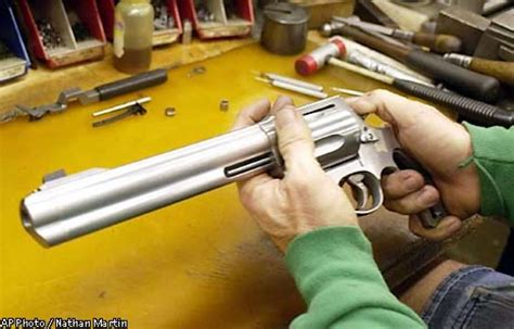 50 Bmg Revolver by Smith Wesson Unveils A 50 Caliber Revolver Gun