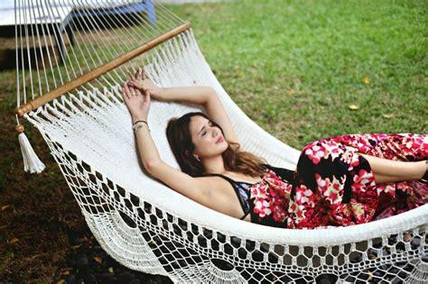 dylana suarez hammock nap