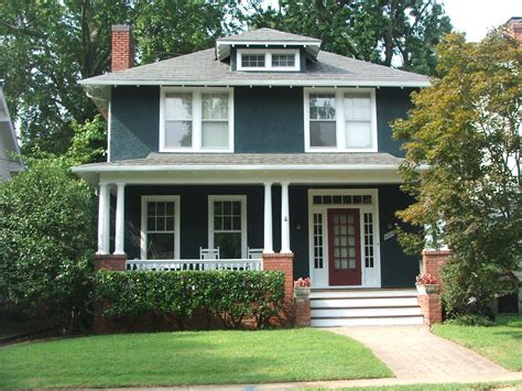 Haus American Style by Diy Idea For Suitcase American Houses Front Porches