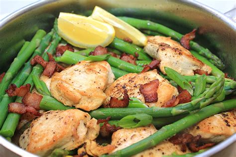 chicken bacon and asparagus recipes easy chicken with asparagus and bacon