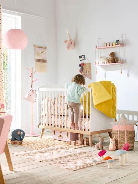 vertbaudet kinderzimmer deko wimpel holz in natur rosa