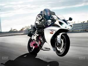 Moto Et Motard : justice besan on le motard avait eu un accident apr s un doigt d honneur et une roue arri re ~ Medecine-chirurgie-esthetiques.com Avis de Voitures