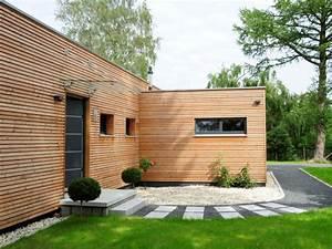 Holz Fertighaus Bungalow : fertighaus von baufritz bungalow modern ~ Markanthonyermac.com Haus und Dekorationen