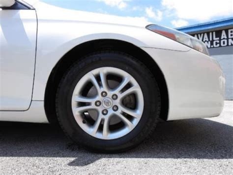 purchase   toyota camry solara se  coupe pearl