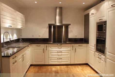 am駭agement cuisine en u couleur mur pour cuisine 12 cuisine en u granit fonce 75 cuisines raison kirafes