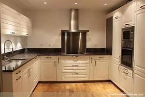 Aménagement Cuisine En U : cuisine en u granit fonce paris 75 cuisines raison ~ Premium-room.com Idées de Décoration