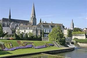 Vendôme, une ville à la campagne Hotel de tourisme pour visiter Vendome (41) Hôtel Le Saint