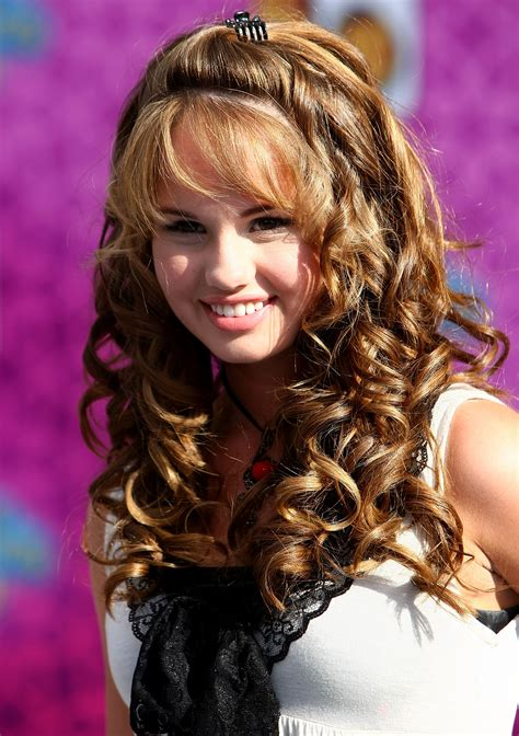 beautiful curly hairstyles  women magment
