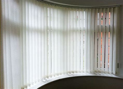Curtains For Bay Windows With Vertical Blinds Curtain