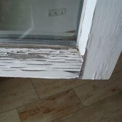 Alte Fenster Und Tueren Sanieren Lack Ab Holz Schuetzen by Holzfenster Streichen Fenster Lackieren Und Renovieren