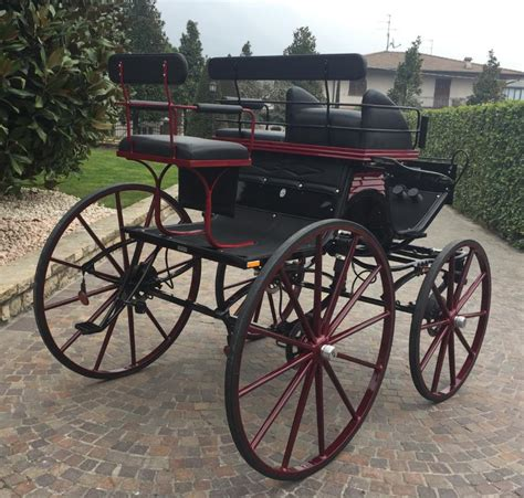 carrozze per cavalli usate usato phaeton glinkowsky nero bordeaux usato bagozzi
