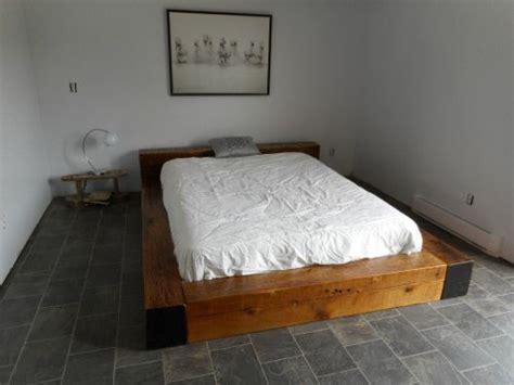 la vieille planche fabrique des meubles sur mesure bois