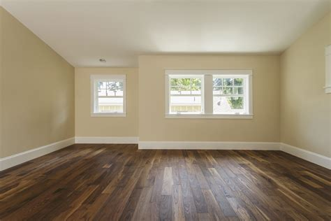 vinyl floating plank it 39 s easy and fast to install plank vinyl flooring