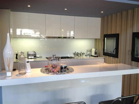 de cuisine cuisine laquée blanc brillant cap ferret cuisine