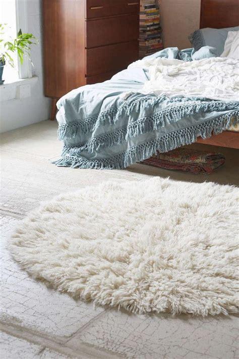 tapis rond chambre le petit tapis rond solution pour les petits