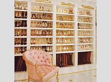 Mariah Carey reveals her MASSIVE shoe closet in new