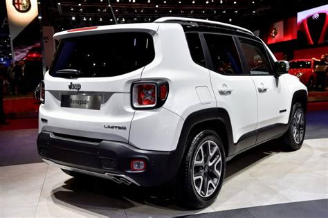 white jeep renegade 2017 the feature comparison among four type of 2017 jeep