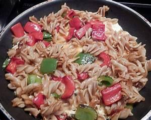 Nudeln Und Co : omelett mit nudeln und paprika rezept mit bild von ~ Lizthompson.info Haus und Dekorationen