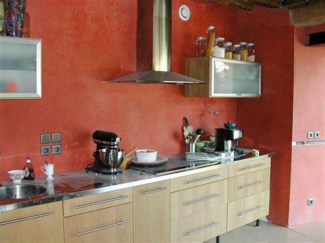 mur en cuisine mur de cuisine béton ciré cuisine