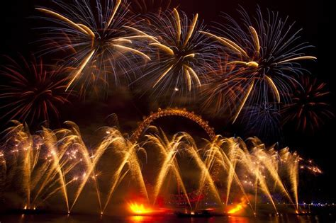 New Year Festival Essay by New Year Celebration Images High Definition Wallpapers