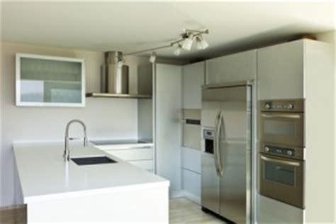 cuisine avec frigo americain integre réfrigérateur américain et encastrable le guide de