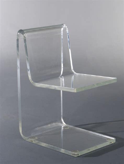 chaises en plexiglas jean dudon velvet galerie mobilier design quasar