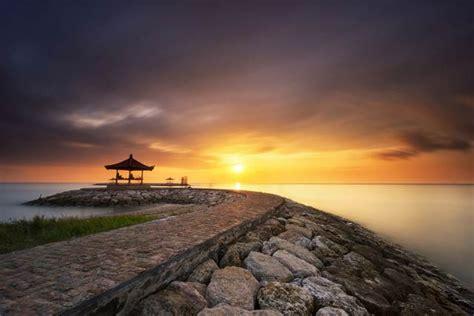pantai  bali  melihat sunrise  sunset