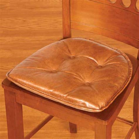 make a faux leather seat cushion