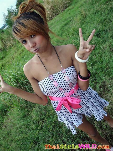 Wild Amateur Selfshot Thai Teen Girlfriends
