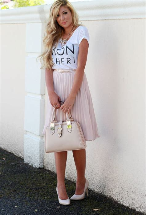 Pastel Colors for Fresh Spring Look 16 Cute Outfit Ideas - Style Motivation