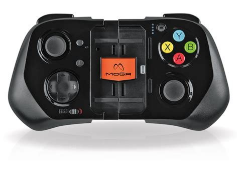 iphone controller iphone 5 family gets controllers from moga logitech