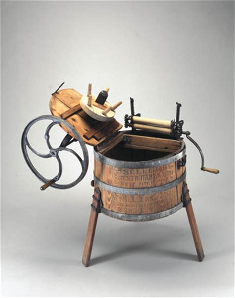 hand operated wooden washing machine   science  society picture library