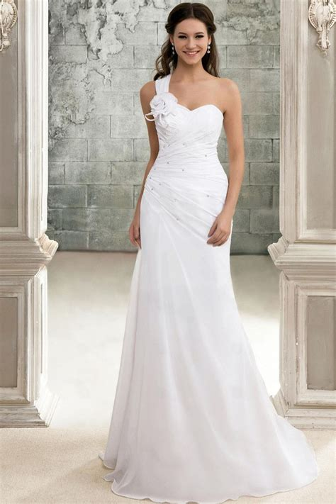 Perfect Beach Wedding Dresses  I Love Being A Lady