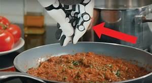 Küche Der Zukunft : dieser roboter k nnte f r euch wirklich hilfreich sein so wird die k che der zukunft aussehen ~ Buech-reservation.com Haus und Dekorationen