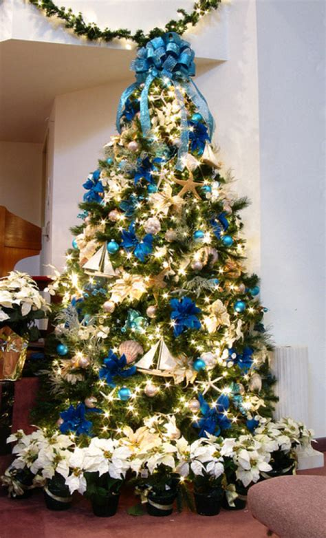 19 Christmas Tree Themes Craft
