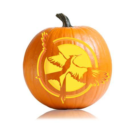 hunger pumpkin carving mockingjaycover