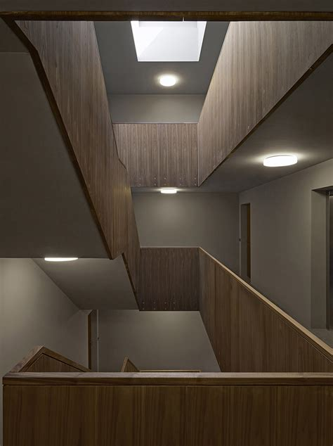 apartment building  fhv floats  concentric