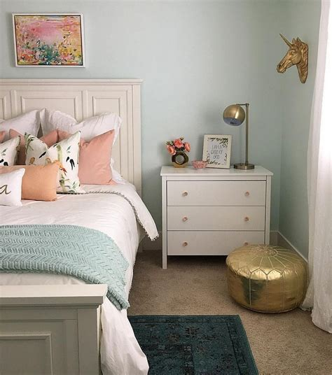 Decorating Ideas For Master Bedroom On A Budget by Small Master Bedroom Makeover Ideas On A Budget 13