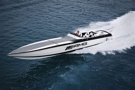 Cigarette Boat Magazine by Mercedes Amg Marauder Cigarette Boat Thecoolist The