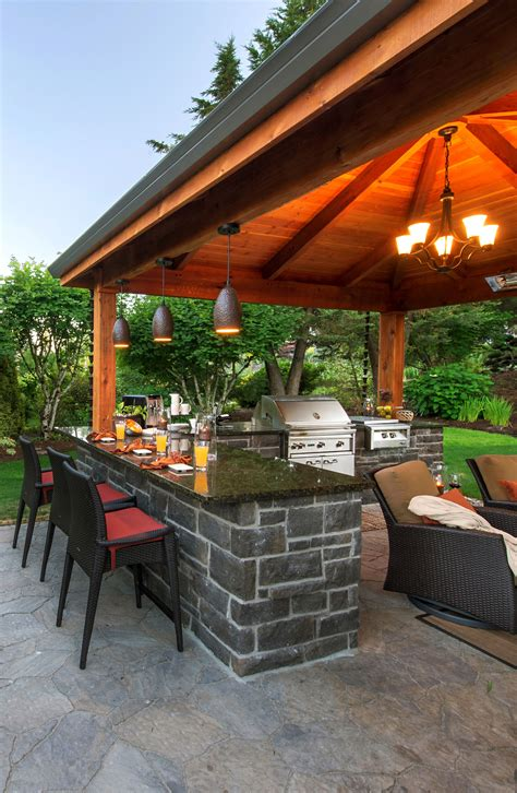 Patio Bar by Outdoor Kitchen And Bar Http Www Paradiserestored