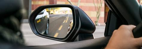 cars with blind spot monitoring how does toyota blind spot monitoring work