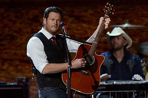 blake shelton boys round here lyrics blake shelton boys round here lyrics uncovered