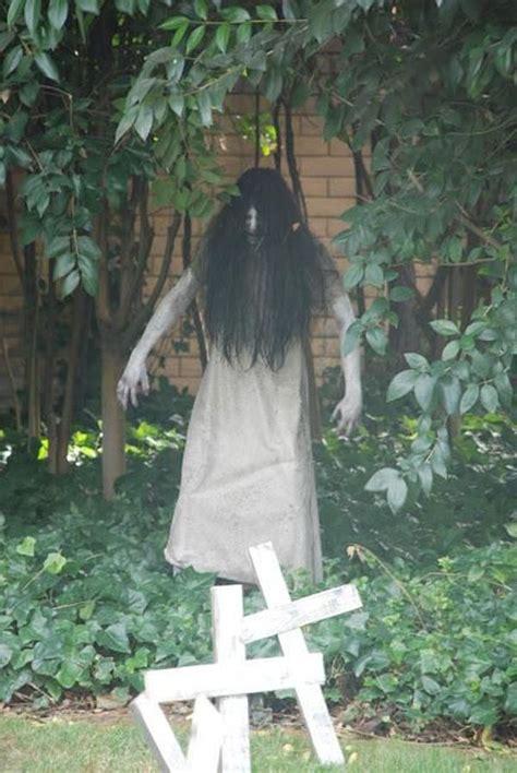 scary outdoor halloween decorations ideas  pinterest diy outdoor halloween