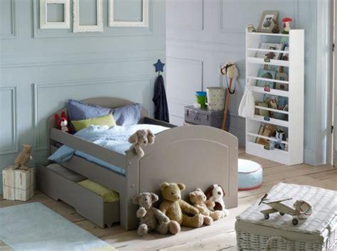 chambre bébé garçon bleu et gris deco chambre garcon bleu et gris