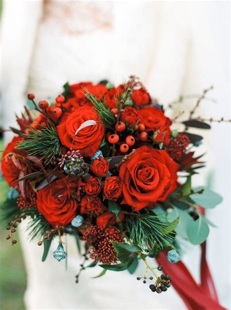 Red White And Gold Christmas Wedding Photo By Ann