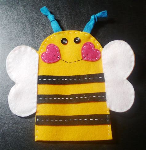 Bee Finger Puppet Template by Bee Puppet Bumble Bee Bulletin Board Crafts