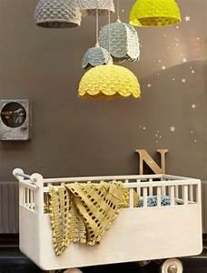 Abat Jour Chambre Bébé : la peinture chambre b b 70 id es sympas ~ Teatrodelosmanantiales.com Idées de Décoration