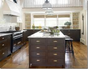 kitchen cabinet knob ideas mixing metals in home decor