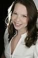 Author Sara Lindsey biography and book list